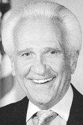 Flo Fabrizio, Erie political stalwart, dies at 73